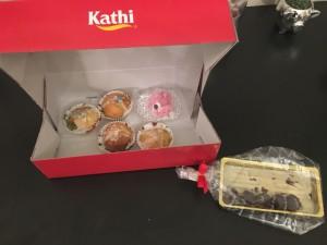 selbstgemachte Hallorenkugeln und Muffins