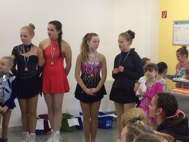 Medaillen für unsere Läuferinnen