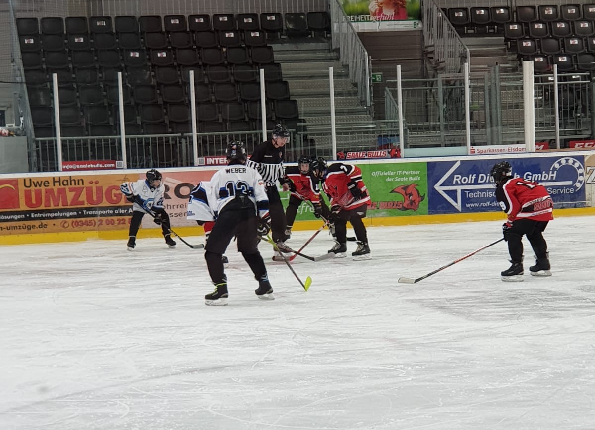 Young Saale Bulls gegen Icefighters